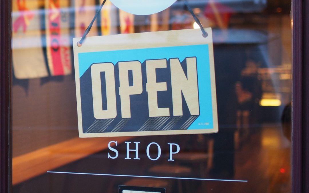 Como atrair os primeiros clientes para seu negócio?